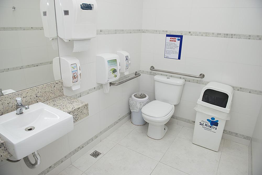 Banheiro com Acessibildade